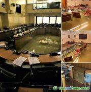 气候变化修正案被否决后,意大利地方议会被淹