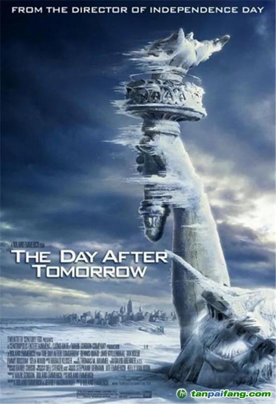 图 灾难电影《后天》海报,美国自由女神像被冰封,海水被冻结,远处是进入极寒的纽约市。全球变暖引起北极冰川加速融化,大量淡水汇入北大西洋,导致大西洋经圈翻转流(AMOC)停滞,全球陷入冰河纪大劫难。飓风、海啸、地震、洪水、极度严寒在全球肆虐,一系列的巨变引发了一场不可挽救的灾难。(图片来自豆瓣)